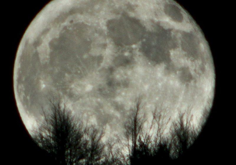 Cercetătorii au descoperit o nouă vârstă a Lunii