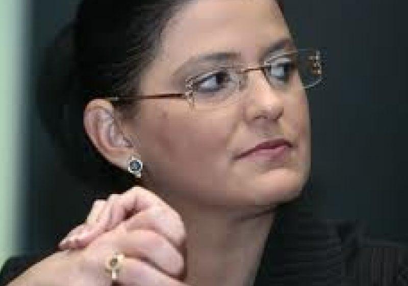 Ministrul Transporturilor, Anca Boagiu, audiată la DNA în dosarul privind tranzacţiile ilegale din Portul Constanţa