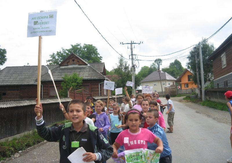 Tabără pentru copii la parohia greco catolică din Călineşti