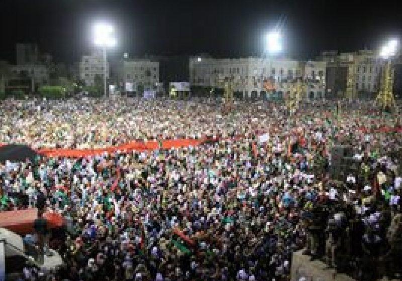 Tripoli a sărbătorit victoria revoluţiei