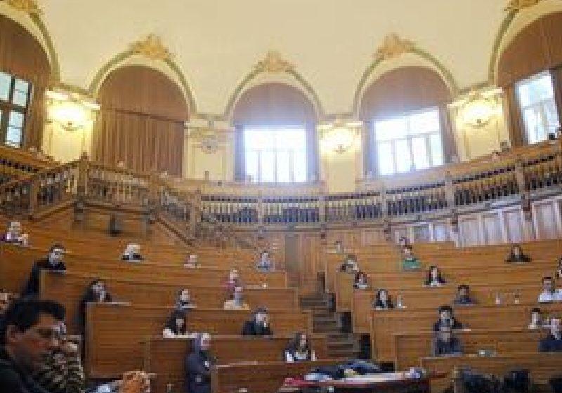 Rezidenţiatul se desfăşoară descentralizat în şase centre universitare
