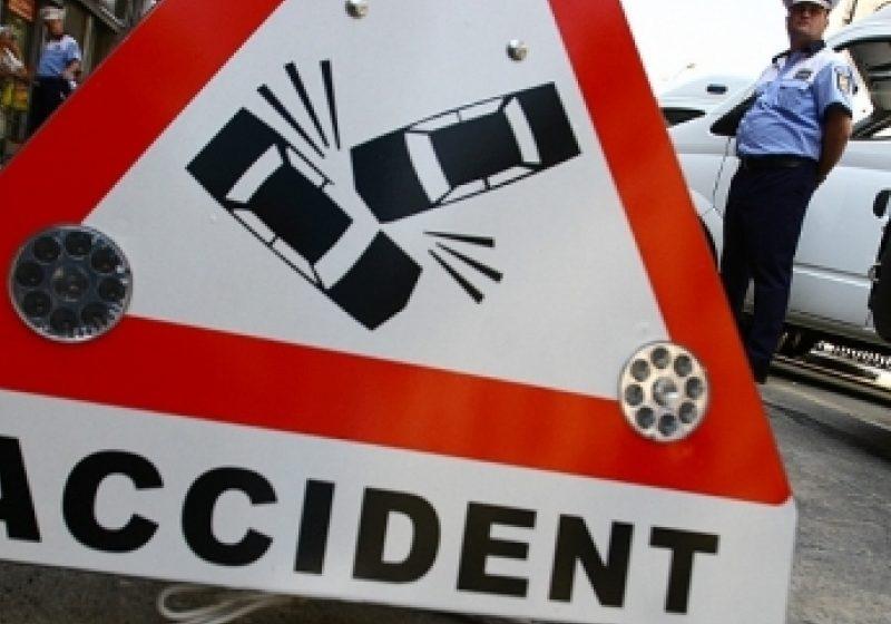 Femeie lovită de maşină pe o trecere de pietoni din Baia Mare