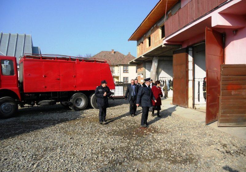 Comunităţile locale de pe Valea Izei interesate să susţină activitatea pompierilor militari din Bogdan Vodă