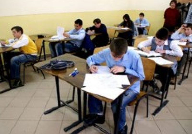 Autoritatea profesorului în faţa elevului