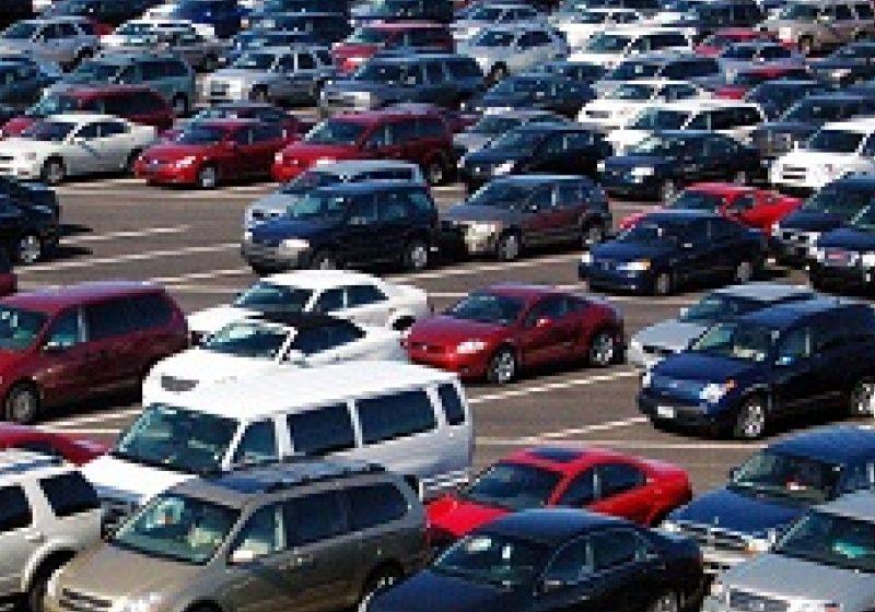 Proprietarii de autovehicule vor putea economisi, începând din noiembrie 2012, peste 100 de euro pe an din bugetul alocat combustibililor