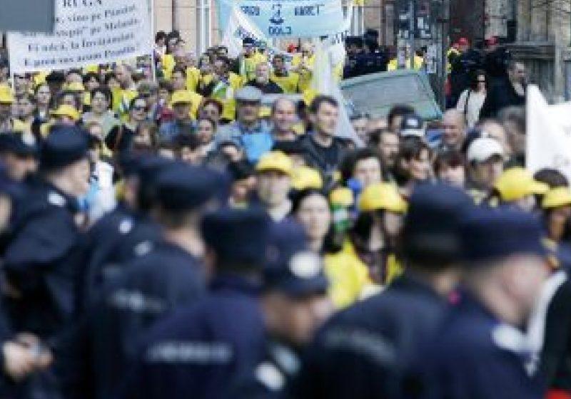 Răbdarea profesorilor a ajuns la final. Dascălii vor continua seria protestelor începând din 15 noiembrie