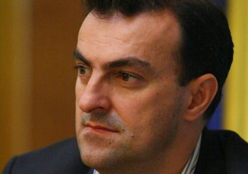 Primarul municipiului Cluj-Napoca, Sorin Apostu, reţinut pentru luare de mită