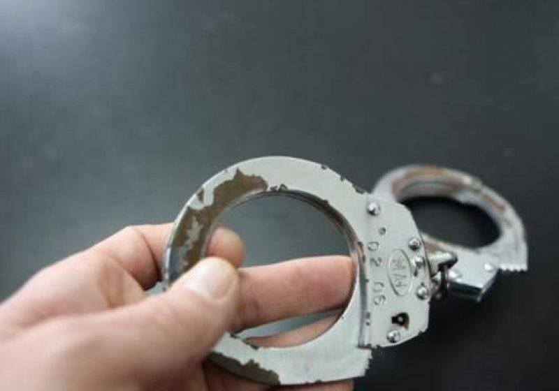 Doi băieţi din Coştiui au pătruns ilegal într-o locuinţă şi au sustras mai multe aparate electronice