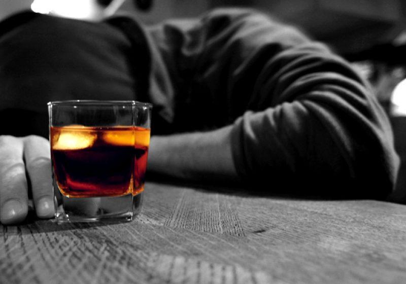 Moarte cumplită survenită în urma consumului de alcool la un bărbat de 50 de ani din Rona de Sus