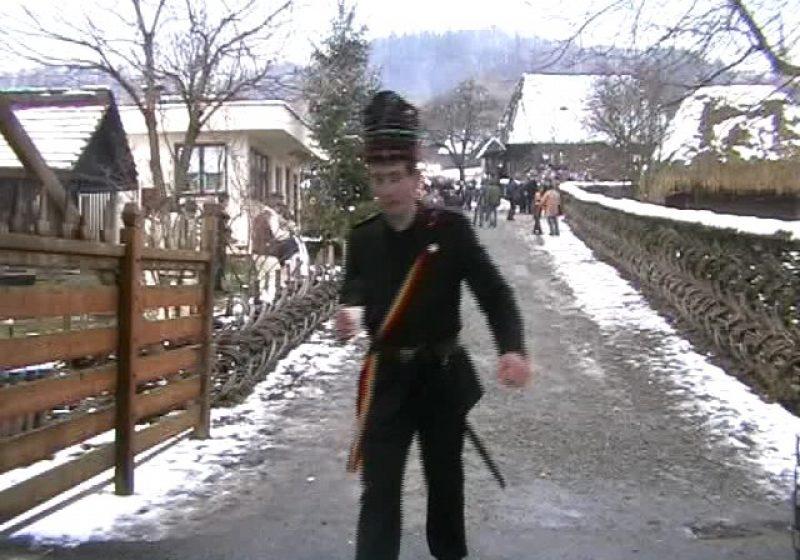 Baia Mare: Crăciun în Muzeul Satului cu zeci de colindători şi preparate culinare cu specific tradiţional