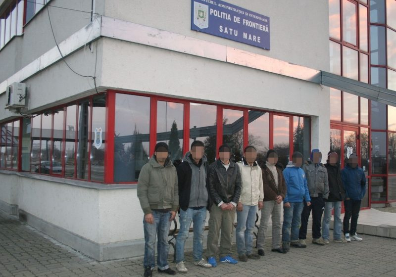 Grup de nouă migranţi reţinut la frontiera română-ungară