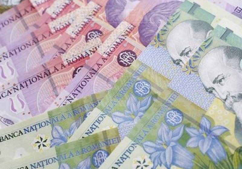 Ultima ora: Guvernul a decis majorarea salariului minim cu 30 de lei, de la 670 la 700 lei