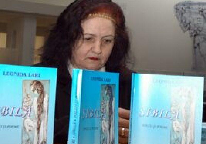 A decedat poeta Leonida Lari