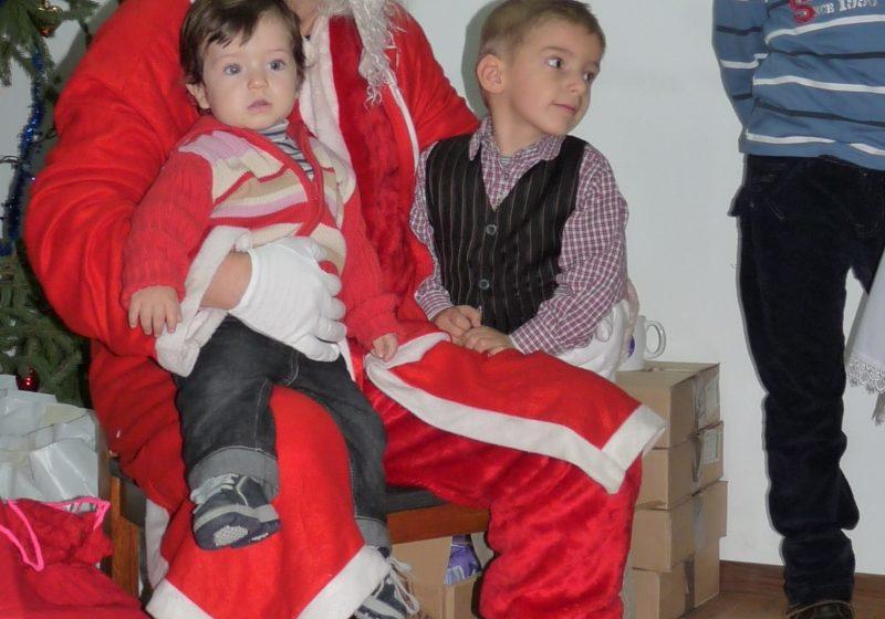 Baia Mare: Moş Crăciun a trecut în această seară pe la Inspectoratul Judeţean pentru Situaţii de Urgenţă