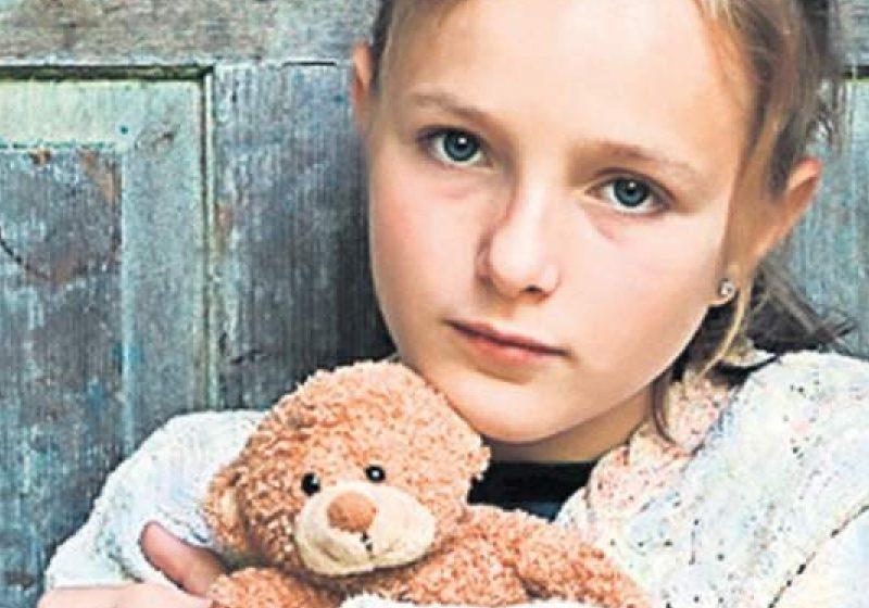 SIGHET: 272 de copii din Sighet cu părinţi plecaţi la muncă în străinătate vor fi singuri de Crăciun