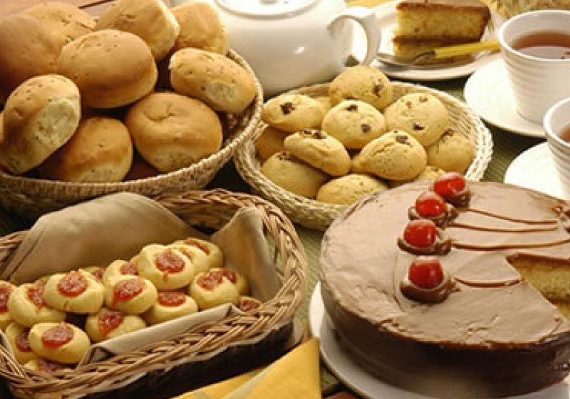 SIGHET: Mult mai mulţi sigheteni au optat anul acesta, in comparatie cu anul trecut pentru prajituri cumparate, in detrimentul celor facute acasa