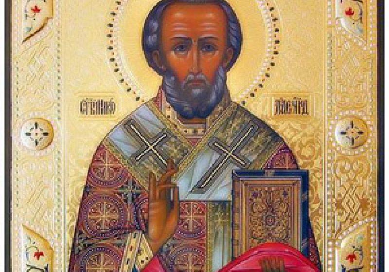Sfântul Nicolae – Făcătorul de minuni şi Moşul încărcat de daruri pentru copii