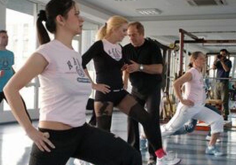 Trei minute de exerciţii fizice pe săptămână ajută la tratarea diabetului de tip 2