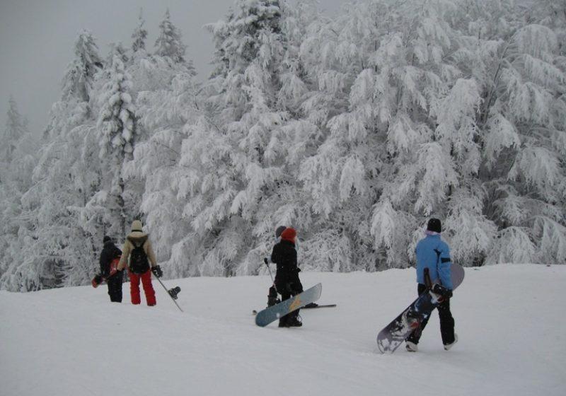Elevii intră de vineri,timp de trei săptămâni, în vacanţa de iarnă