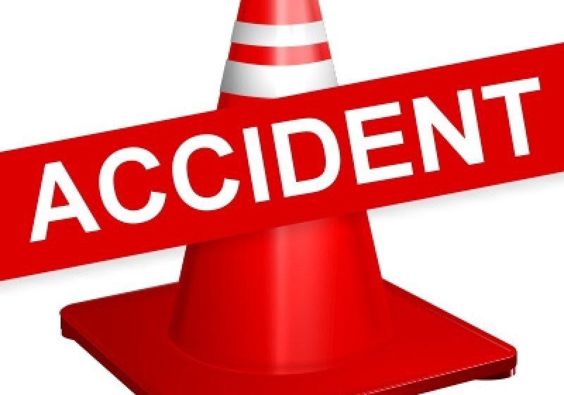 S-a izbit cu maşina  de un podeţ din beton într-un derapaj în localitatea Seini