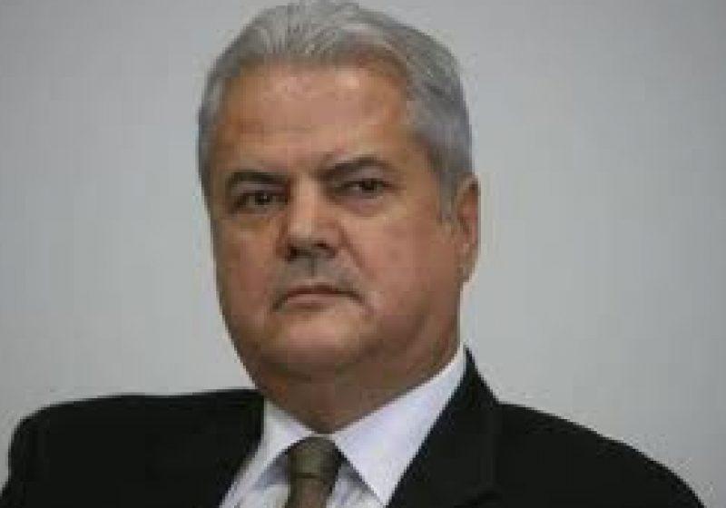 """Adrian Năstase, condamnat la doi ani de închisoare cu executare în dosarul """"Trofeul calităţii"""""""