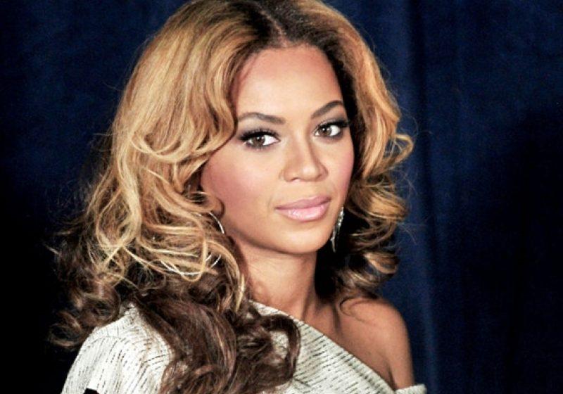 Beyonce oferă cadourile primite de Ivy Blue pentru acţiuni de binefacere