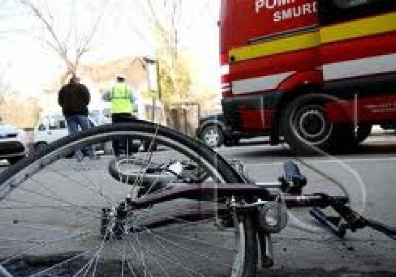 Sighetu Marmaţiei: Biciclist lovit de un autoturism