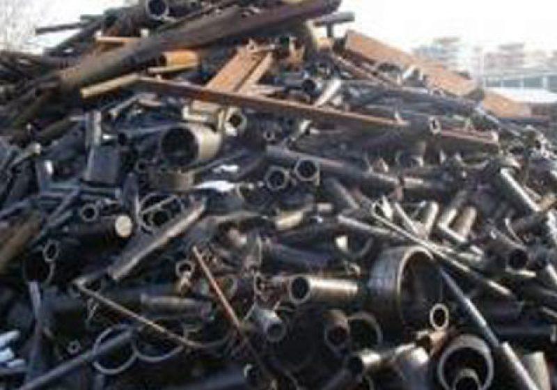 Tăuţii Măgherăuş: Poliţiştii au identificat suspecţii mai multor furturi de fier vechi