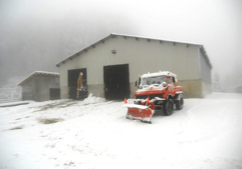 Maramureş: Mai multe drumuri judeţene sunt acoperite cu gheaţă şi polei! În zonele de deal şi munte se circulă în condiţii de iarnă