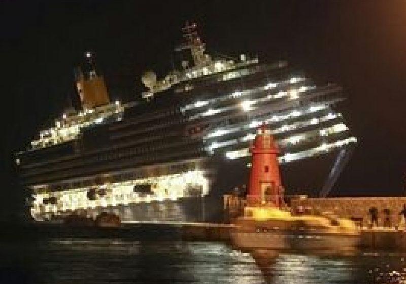 Un pachebot italian eşuează cu peste 4.000 de persoane la bord: opt morţi, numeroşi dispăruţi