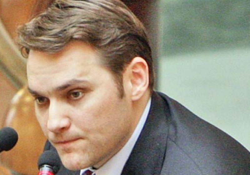"""Senatorul PSD Dan Şova: """"Dincolo de declaraţiile optimiste făcute de guvernanţi pe bloguri, sub euforia Revelionului, adevărul este că 2012 va fi infernal"""""""