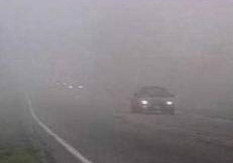 Vizibilitate redusă de ceaţă în Pasul Gutâi şi zona limitrofă municipiului Baia Mare!