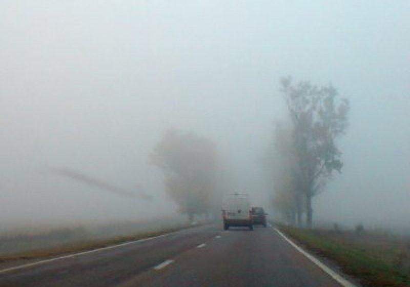 Atenţie şoferi! Vizibilitate redusă de ceaţă în Pasul Prislop