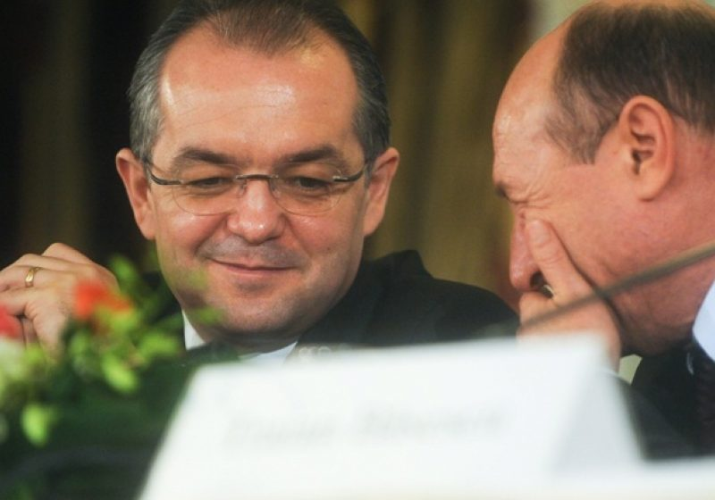 BOC A DEMISIONAT: Am depus mandatul Guvernului pentru a detensiona situaţia politică şi socială din ţară