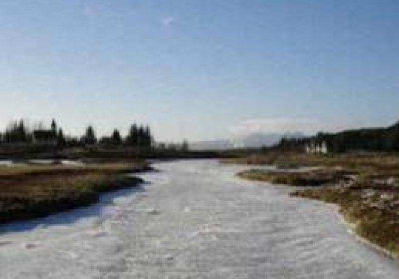 Baia Mare: Podurile de gheaţă formate pe râuri ameninţă judeţul cu inundaţii