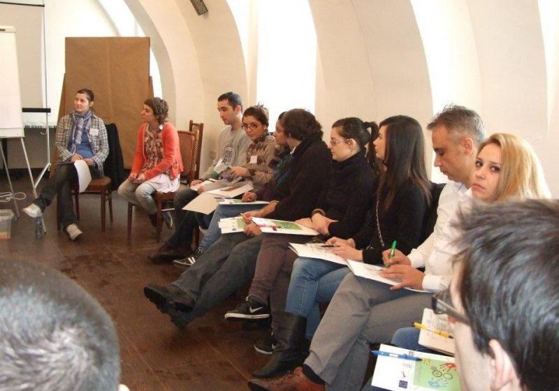 Reprezentanţii Asociaţiei DEIS au participat la un curs de formare organizat în oraşul Subotica din Serbia