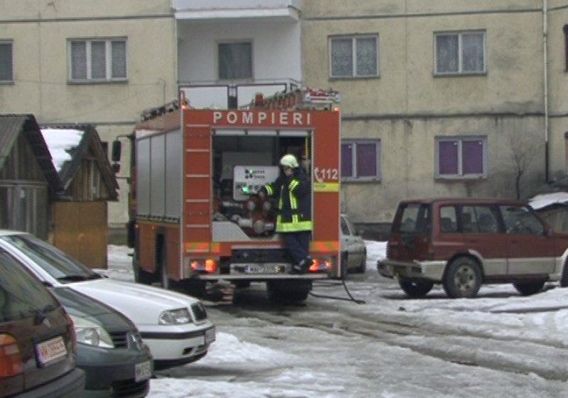 SIGHET: Alertă de incendiu pe strada Bogdan Vodă din Sighetu- Marmatiei