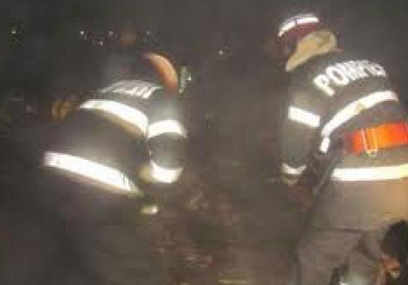Baia Mare: Un băimărean s-a intoxicat cu fum după ce balconul locuinţei a luat foc