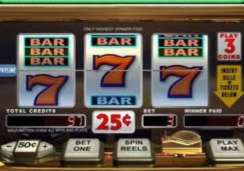 SIGHET: Tentaţia jocurilor electronice şi frecventarea saloanelor de jocuri de noroc, o capcană în care cad din ce în ce mai mulţi tineri