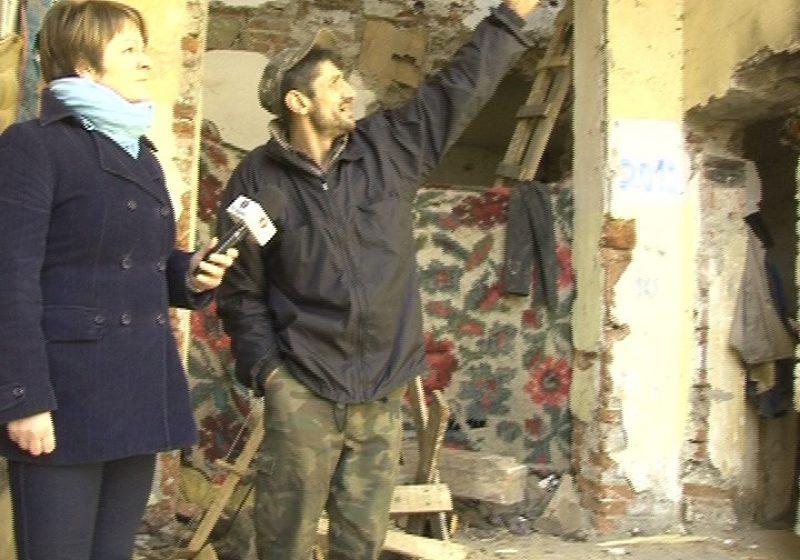 SIGHET: Deşi există pericol de prabuşire, imobilul de pe Plevnei nu a fost evacuat