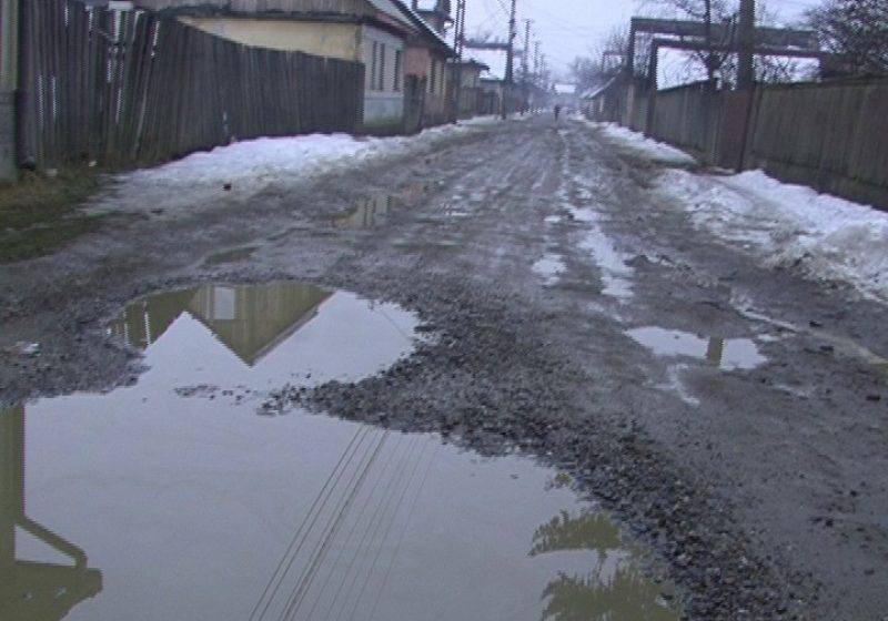 SIGHET: Locuitorii de pe strada Titu Maiorescu se plâng cu nu există nici o sursă de iluminat pe strada lor