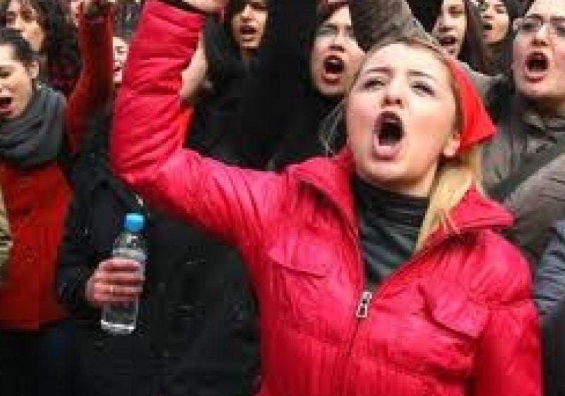 Zeci de mii de persoane au manifestat în Spania împotriva reformei muncii