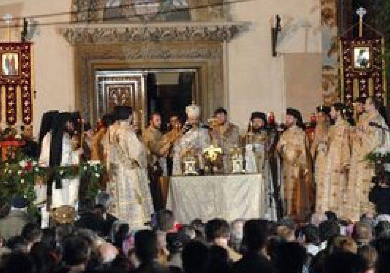 Patriarhul Daniel: Inima cultului ortodox este sărbătoarea Sfintelor Paşti