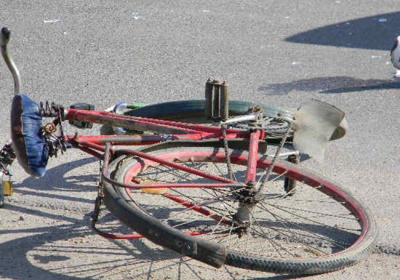 SIGHET:Nu a fost atent la coborârea din maşină şi a accidentat un biciclist