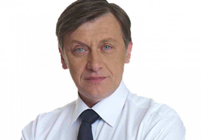 Crin Antonescu preia marţi funcţia de preşedinte interimar