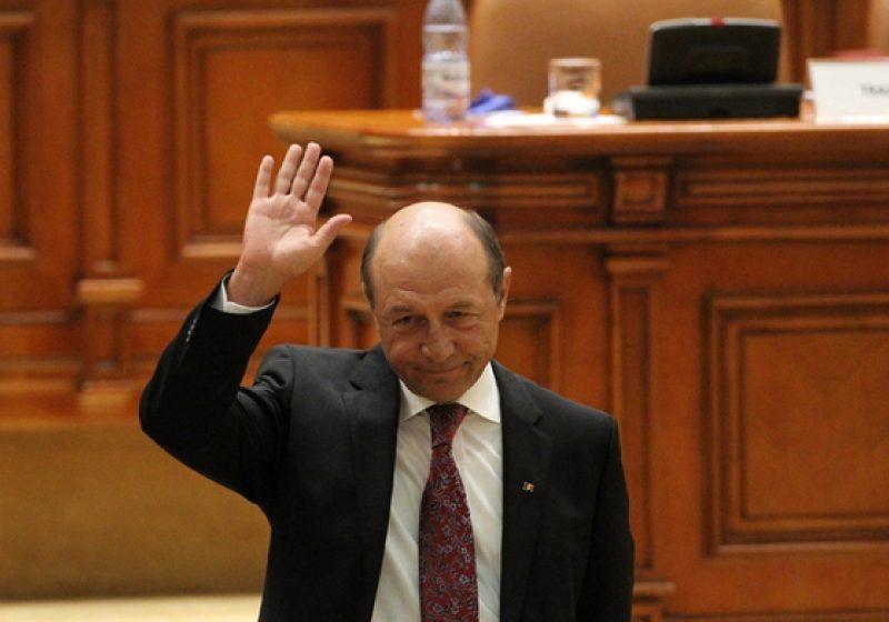 Curtea Constituţională l-a salvat pe Băsescu de la demitere. Peste 9 milioane de români trebuie să voteze pentru un referendum valid