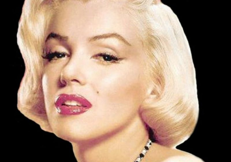 Fanii actriţei Marilyn Monroe au comemorat 50 de ani de la decesul acesteia