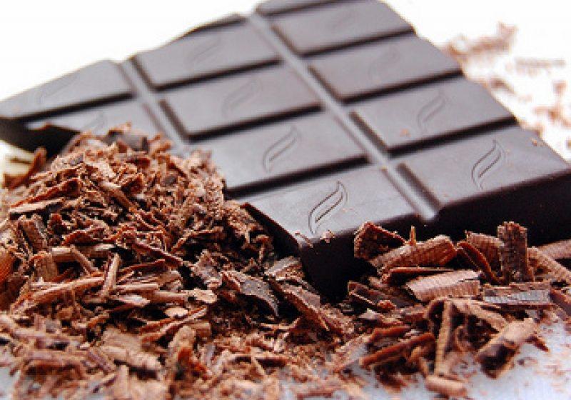 Numărul de laureaţi Nobel, direct proporţional cu consumul de ciocolată într-o ţară