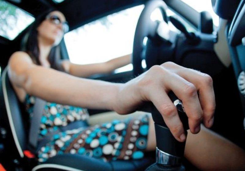Veste bună pentru şoferi: Taxa auto, amânată până în 2013