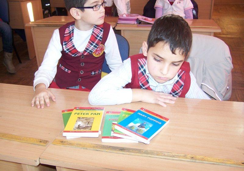 Baia Mare: Acţiuni de atragere a elevilor în activităţile de lectură, la Biblioteca Judeţeană